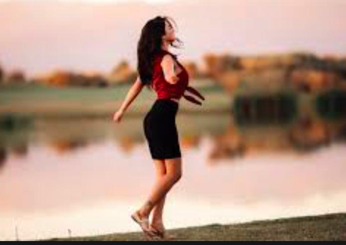 Dame la mano y danzaremos, Gabriela Mistral